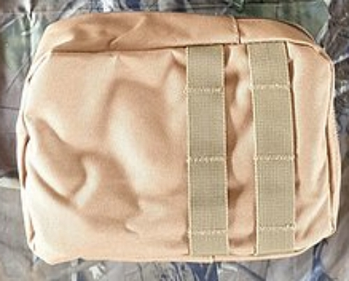molle-pouch-sand